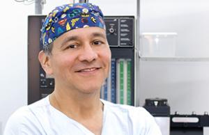 Dr. Carlos Arango